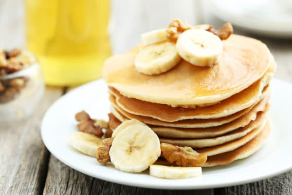 pancakes-protéiné-banane-petit-déjeuner-musculation