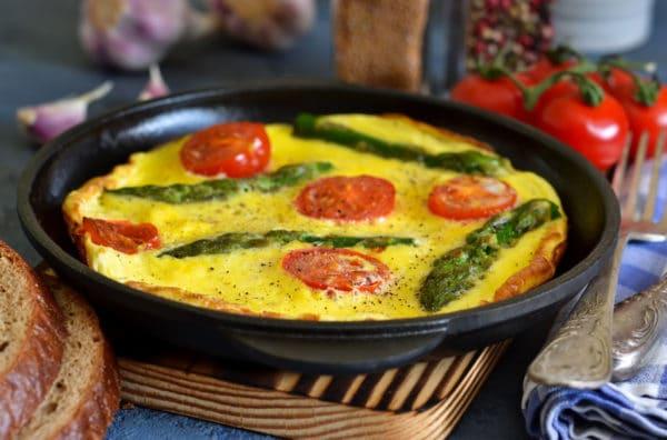omelette asperges et tomates