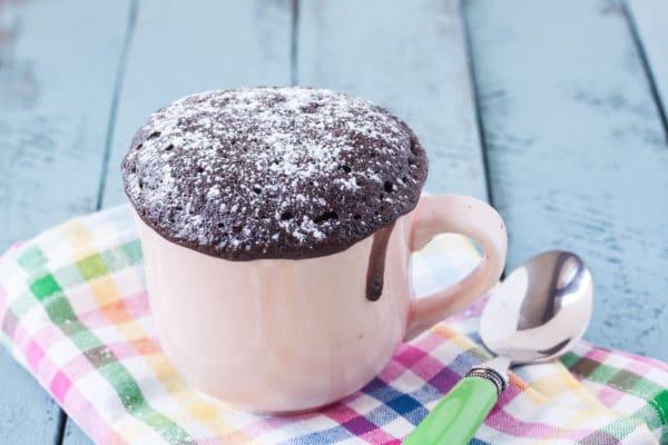 mug cake au chocolat protéiné